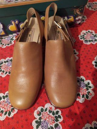 Zapatos Dorking