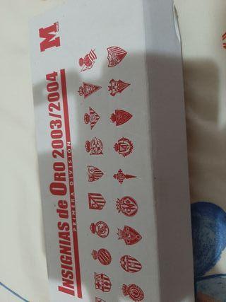 insignias chapadas en oro primera division