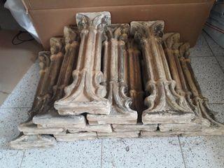 13 antiguas pilastras de terracota siglo XVIII