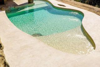 piscinas desbordante o cascada