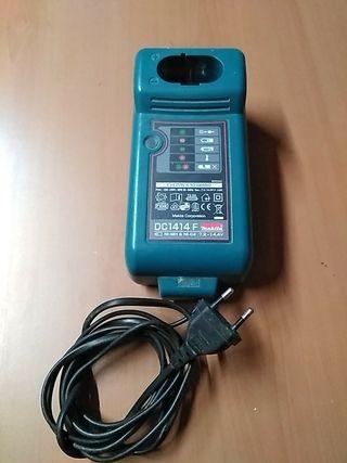 cargador batería taladro MaKita