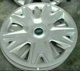 Tapacubo NUEVO coche Ford Kuga, lee...