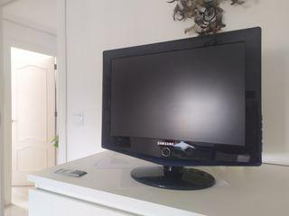 TV Samsung le19r71b perfecta para habitaciones