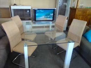 Mesa + 4 sillas NUEVO