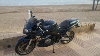 Triumph sprint rs 955i