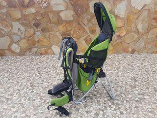 mochila portabebé montaña senderismo trekking