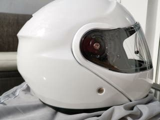 casco moto blanco Shoei