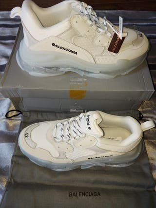 Balenciaga Triple S size 42. Brand new Boxed.