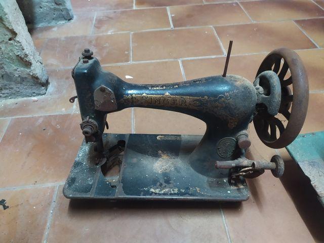 Maquinas de coser ( singer y alfa) de segunda mano por 70