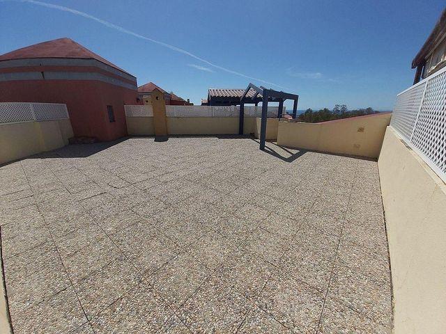 Apartamento en venta en Paraíso - Atalaya- Benamara en Estepona (Atalaya Isdabe, Málaga)