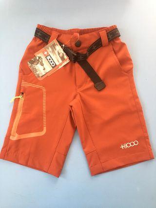 Pantalón corto niño +8000 con etiqueta