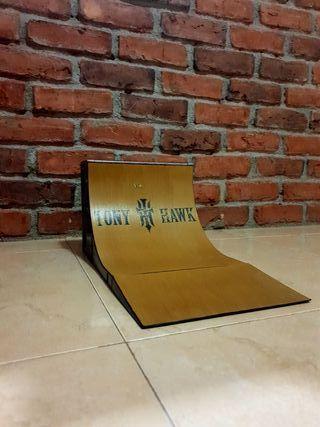Finger Skate Ramp Tony Hawk