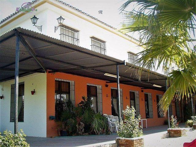 Edificio en venta en Colmenar (Colmenar, Málaga)