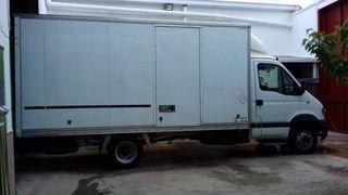 Renault Trucks Mascott 2003