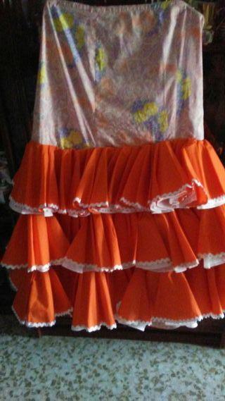trajes y falda de gitanas