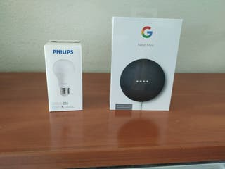 Google nest mini + bombilla inteligente