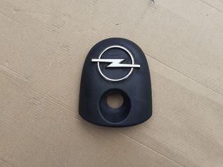 Opel Corsa B 2000 emblema trasero