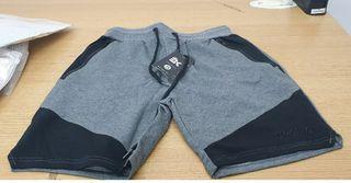 Brokig mens shorts