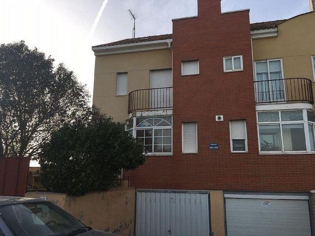 Casa pareada en venta en Villanubla (Villanubla, Valladolid)