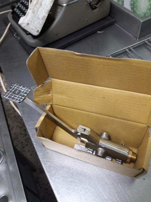 grifo de pedal mezclador A ESTRENAR