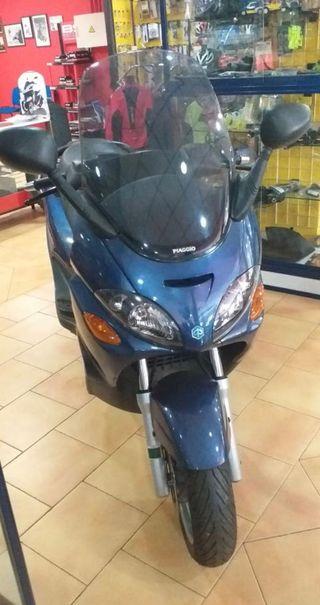 Moto scuter piagio x9