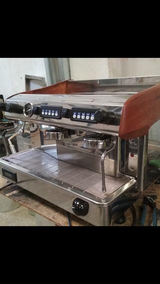 Cafeteras seminuevas de segunda mano por 600 € en Burjassot