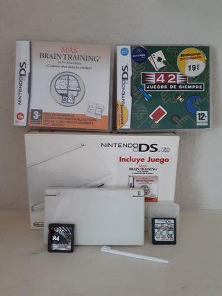 Nintendo DS. Lite