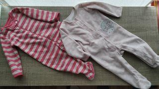 Lote de 2 pijamas bebé T:9-12m.En perfecto estado