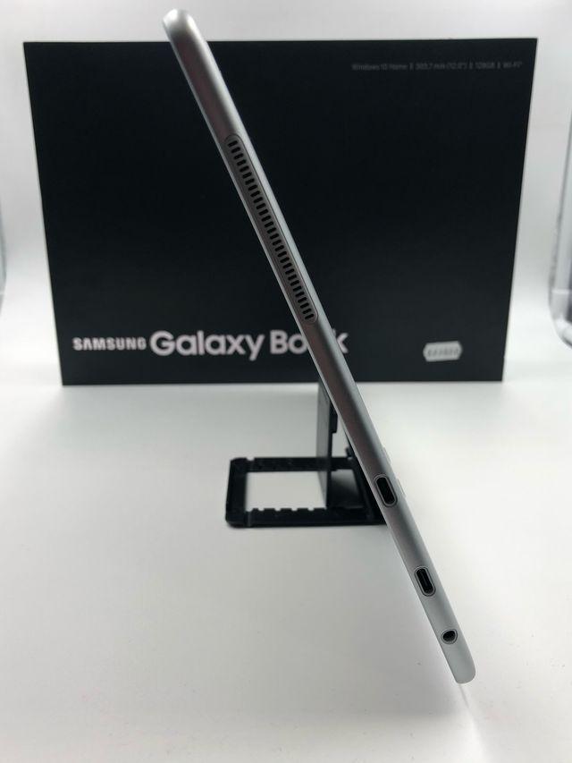 """Samsung galaxy book 12"""". Sin estrenar"""