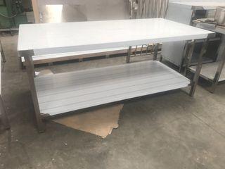 Mesa acero inoxidable nueva