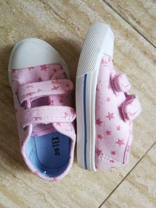urge zapatillas sin estrenar talla 25