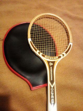 Raqueta de tenis vintage 1972