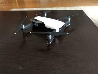 DJI Mavic Air Fly more combo (+ extras) dron
