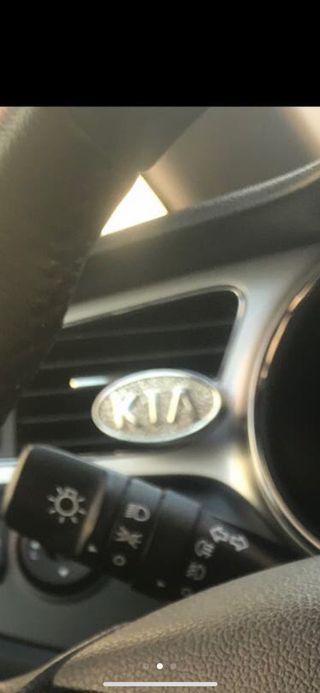 Ambientador coche metálico con logo