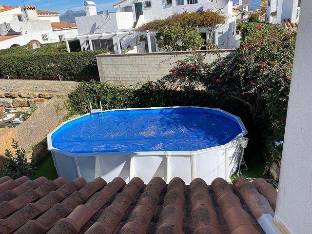Casa adosada en alquiler en La Duquesa en Manilva (La Duquesa, Málaga)