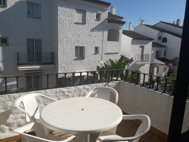 Piso en alquiler (El Paraíso, Málaga)