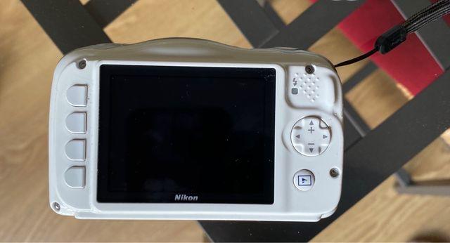 Cámara Nikon Coolpix S33