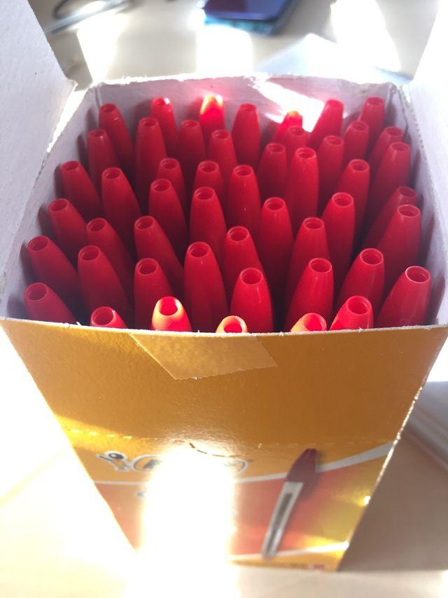 Pack 50 bolis bic rojos