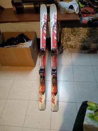 esquís + botas + fijaciones