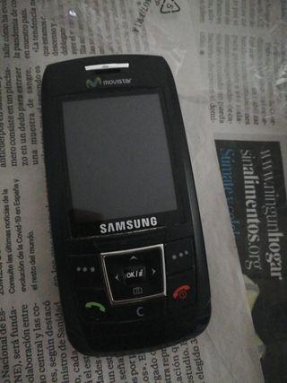 móviles antiguos Motorola y Samsung