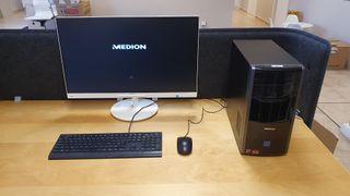 PC ordenador sobremesa/desktop Medion + Pantalla