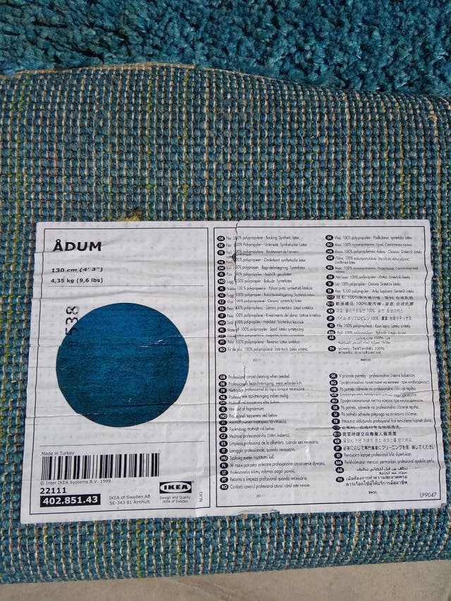 alfombra azul redonda Ikea adum
