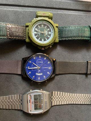Tres relojes: militar, analógico y digital