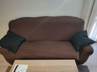 Sofa 3 plazas con funda impecable