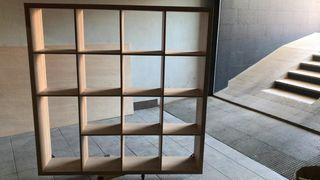 estantería madera color roble