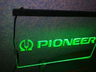 Cartel luminoso Pioneer