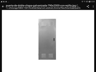 puerta galvanizada con camara