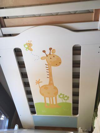 Cuna Micuna con colchon, motivo jirafa
