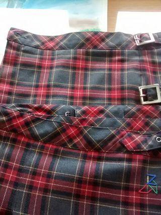 Falda uniforme Colegio Zazuar, talla 10