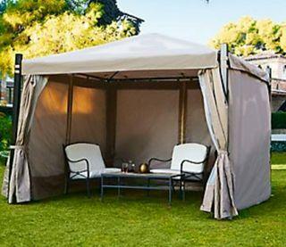 Pérgola de Acero instalada en Camping Doñana